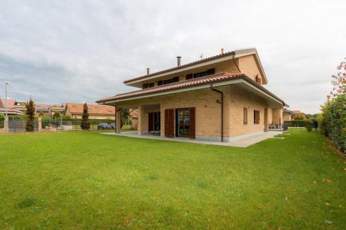 Villa in Vendita a Vinovo