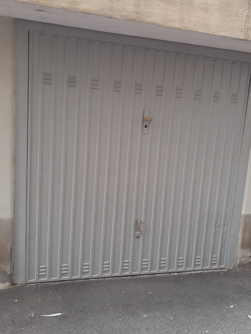 Box o garage in Vendita a Borgaro Torinese