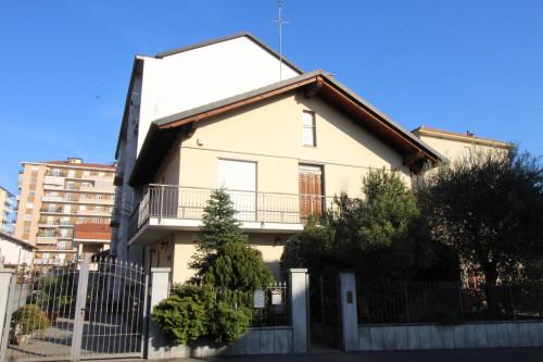 Villa Bifamiliare in Vendita a Grugliasco