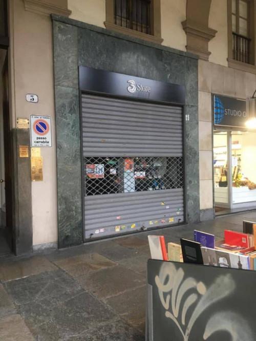 Negozio in Affitto a Torino