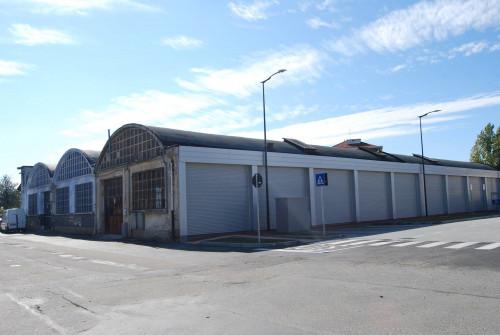 Stabile - Palazzo in Vendita a Orbassano