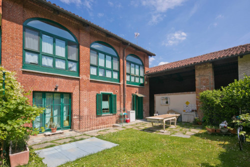 Townhouse for Sale to Pino Torinese