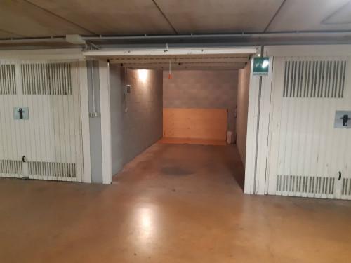 Box o garage in Vendita a Torino