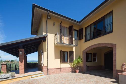 Casa indipendente in Vendita a Camerano Casasco