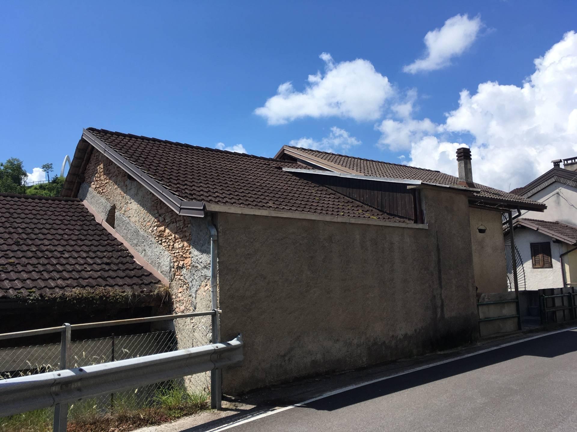 Magazzino in vendita a Arsiè, 3 locali, zona Zona: Mellame, prezzo € 9.900 | CambioCasa.it