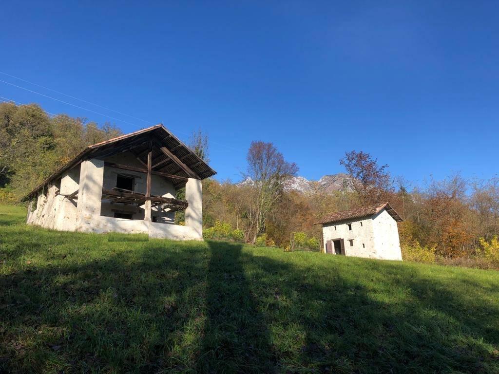 Appartamento in vendita a San Gregorio nelle Alpi, 4 locali, zona Zona: Fumach, prezzo € 140.000 | CambioCasa.it