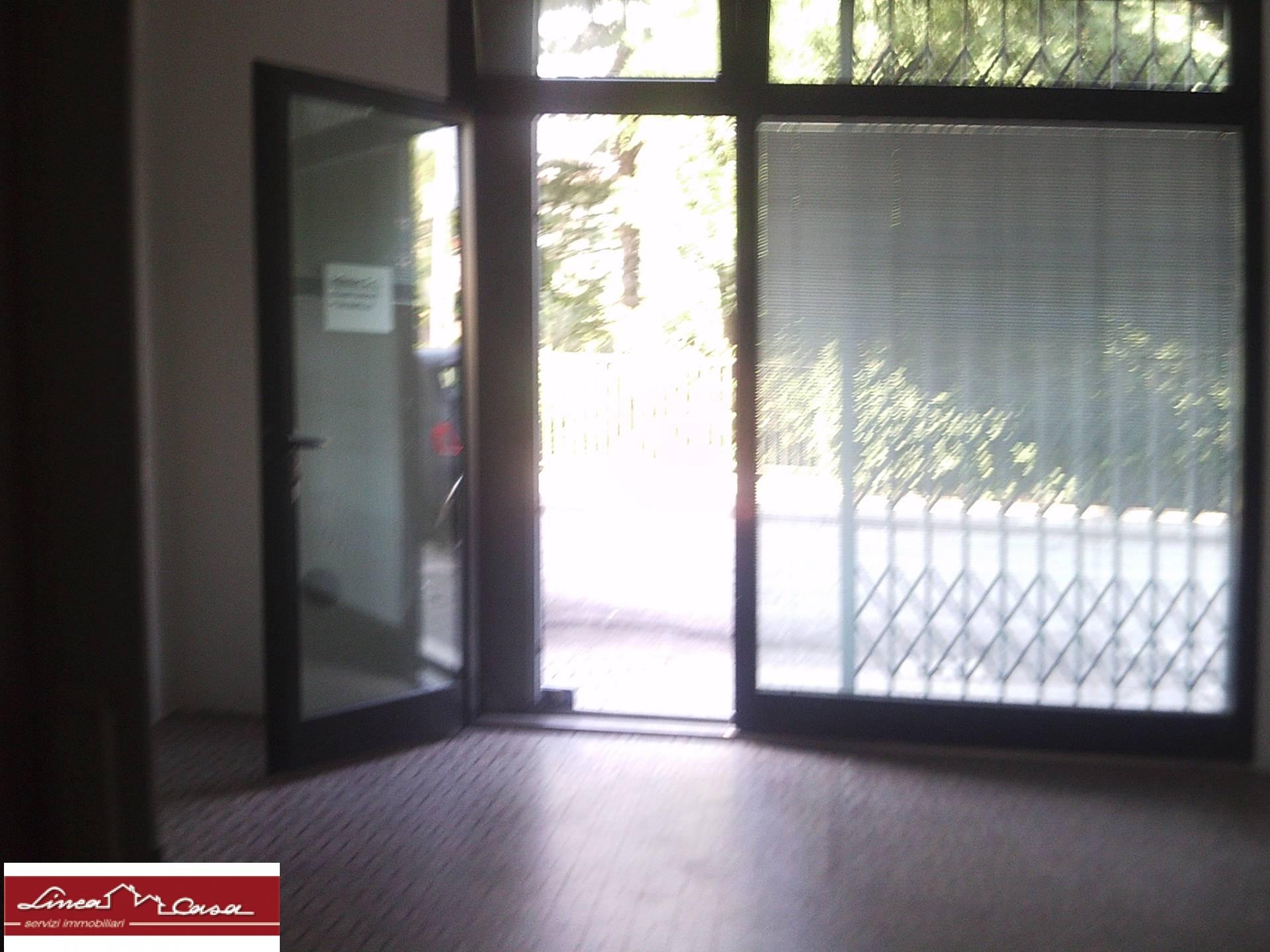 Negozio / Locale in affitto a Portomaggiore, 9999 locali, zona Località: Portomaggiore, prezzo € 300 | CambioCasa.it