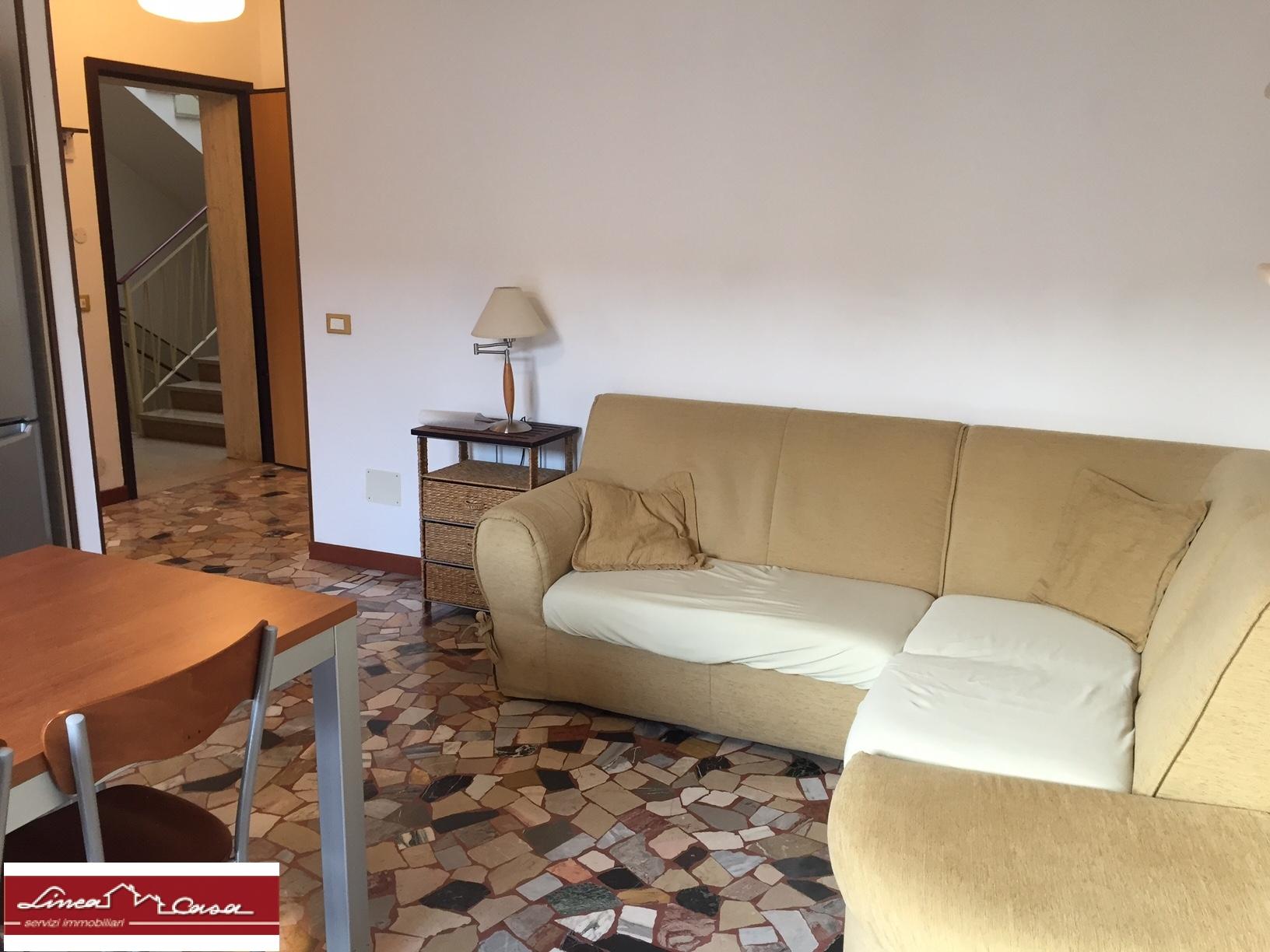 vendita appartamento ferrara via oroboni  65000 euro  3 locali  60 mq