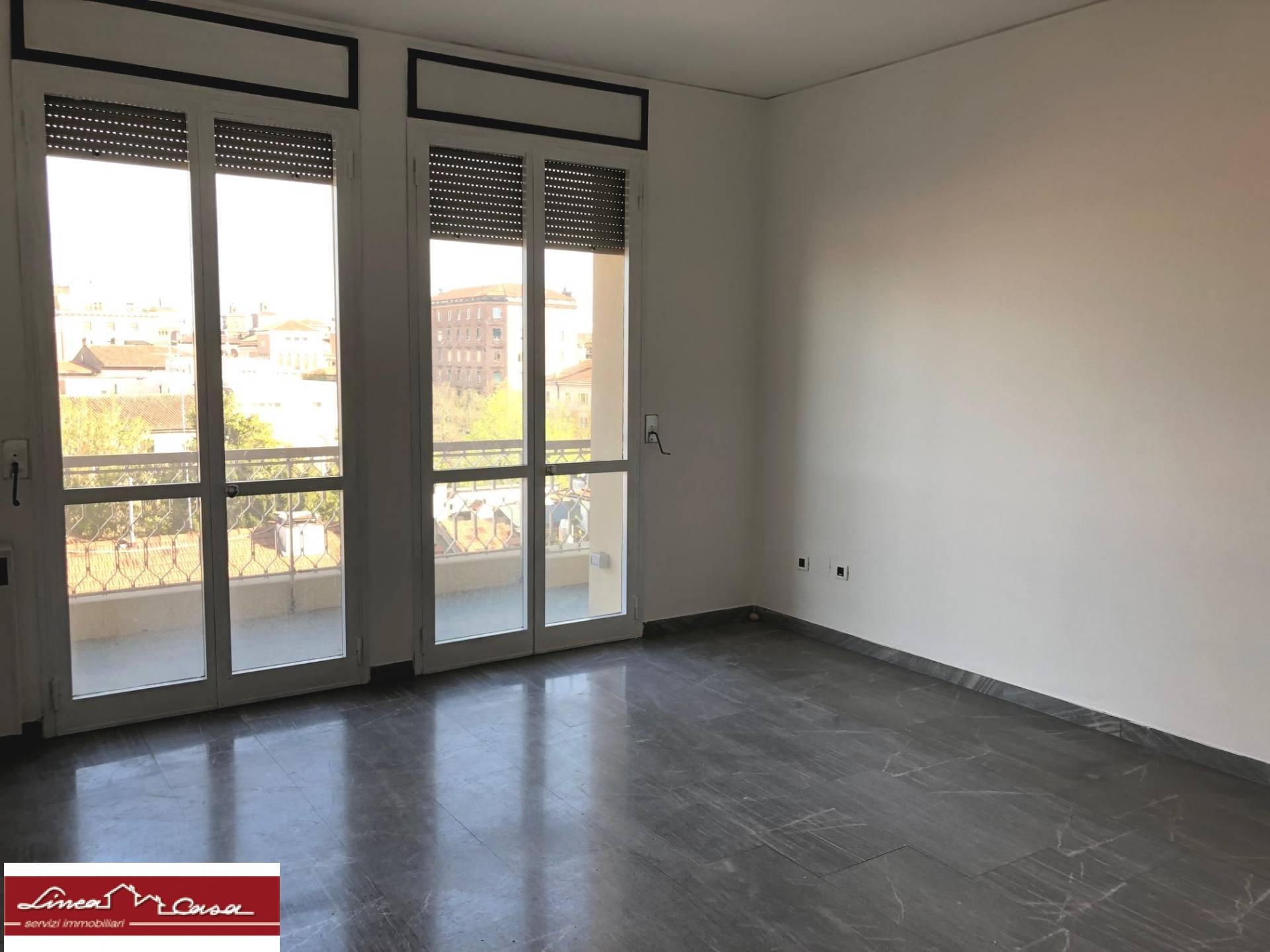 vendita appartamento ferrara viale cavour  175000 euro  4 locali  115 mq
