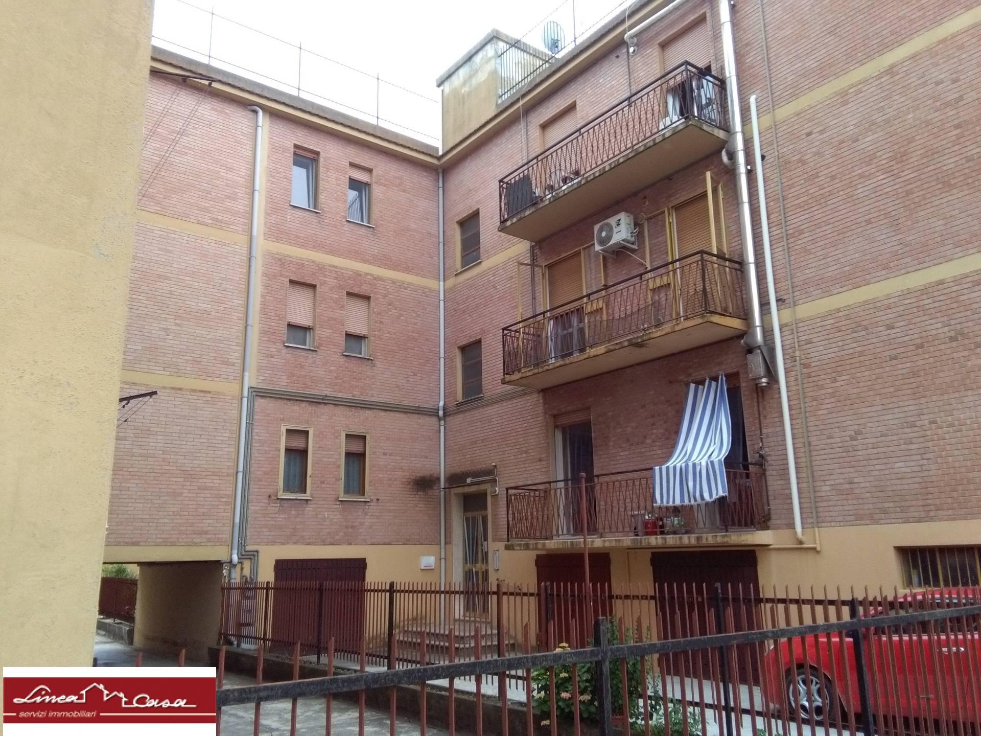 vendita appartamento ferrara zona foro boario  78000 euro  3 locali  80 mq