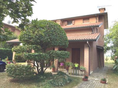 Villa Prestigiosa in Vendita a Ferrara
