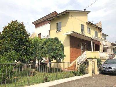 Casa indipendente in Vendita a Bondeno