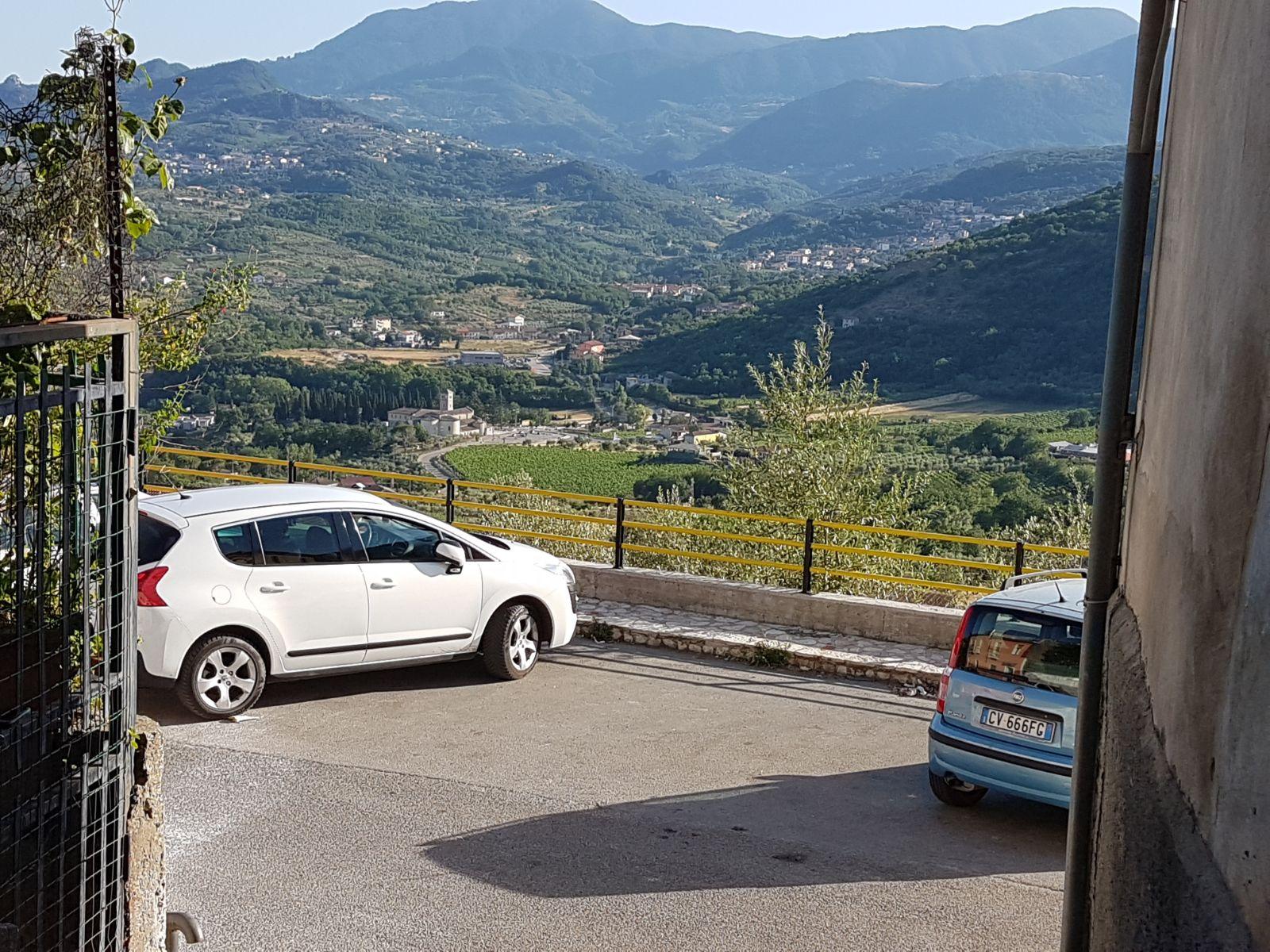 Appartamento in vendita a Foglianise, 7 locali, prezzo € 45.000   CambioCasa.it