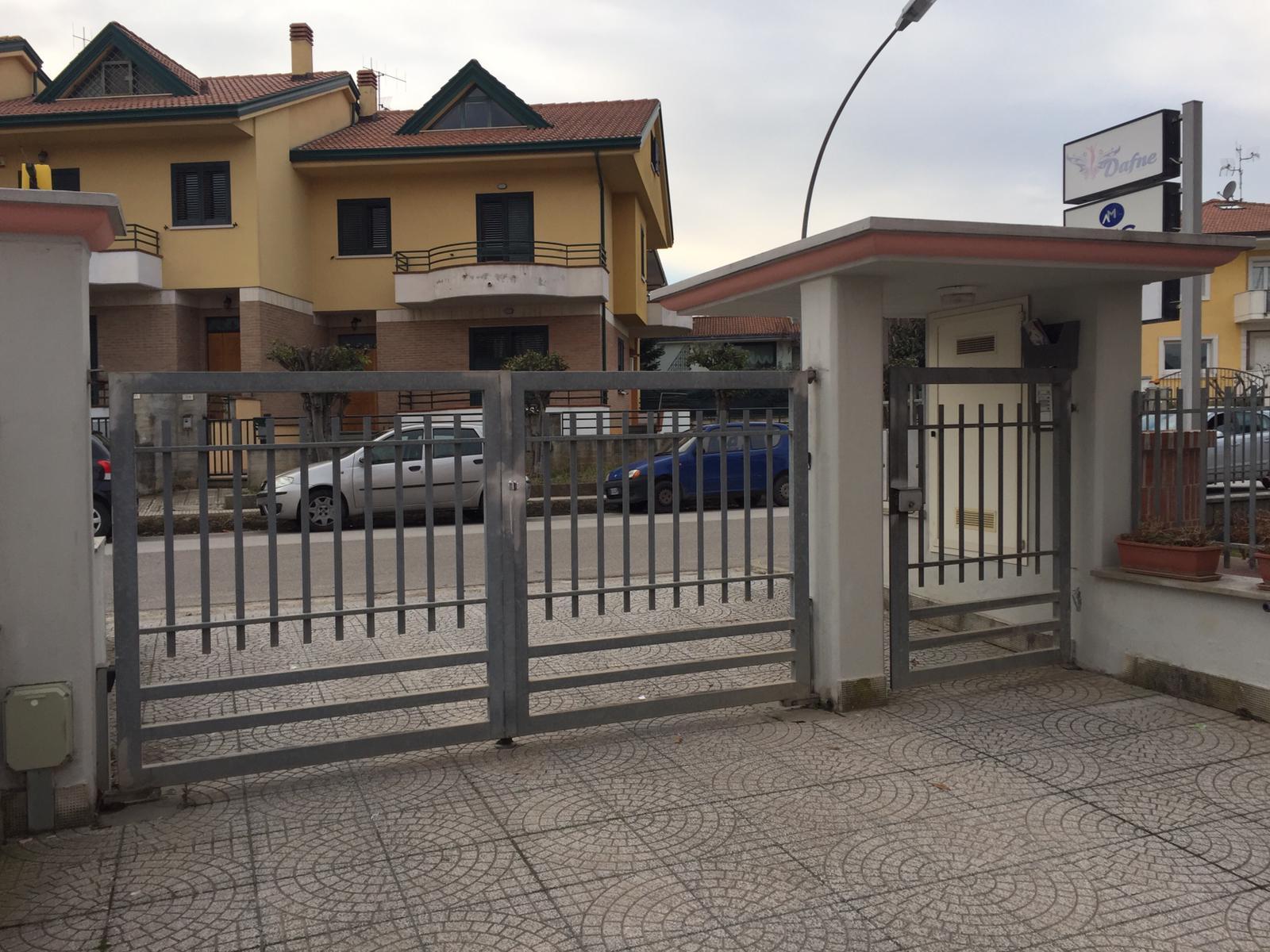 Appartamento in vendita a San Giorgio del Sannio, 7 locali, prezzo € 218.000   CambioCasa.it