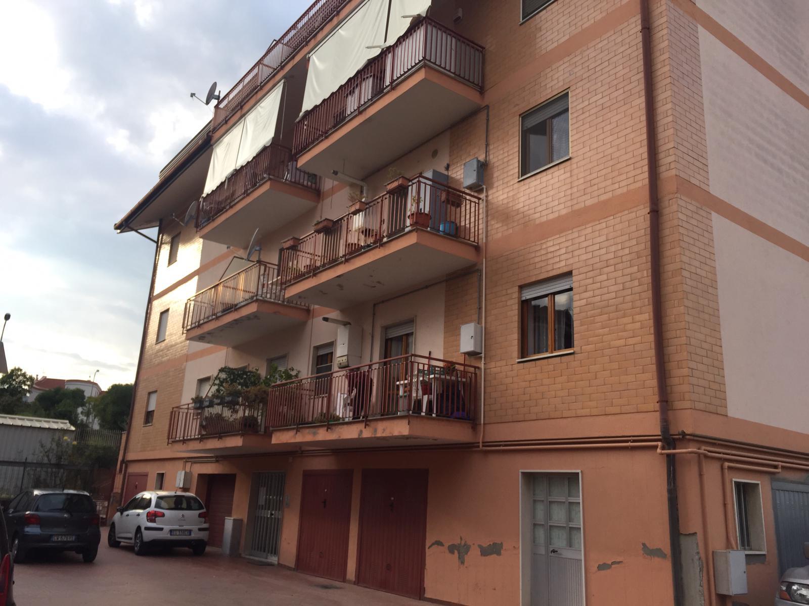 Appartamento in vendita a San Giorgio del Sannio, 4 locali, prezzo € 100.000 | CambioCasa.it