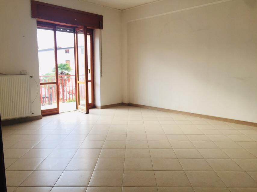 Appartamento in vendita a San Giorgio del Sannio, 4 locali, prezzo € 120.000   CambioCasa.it