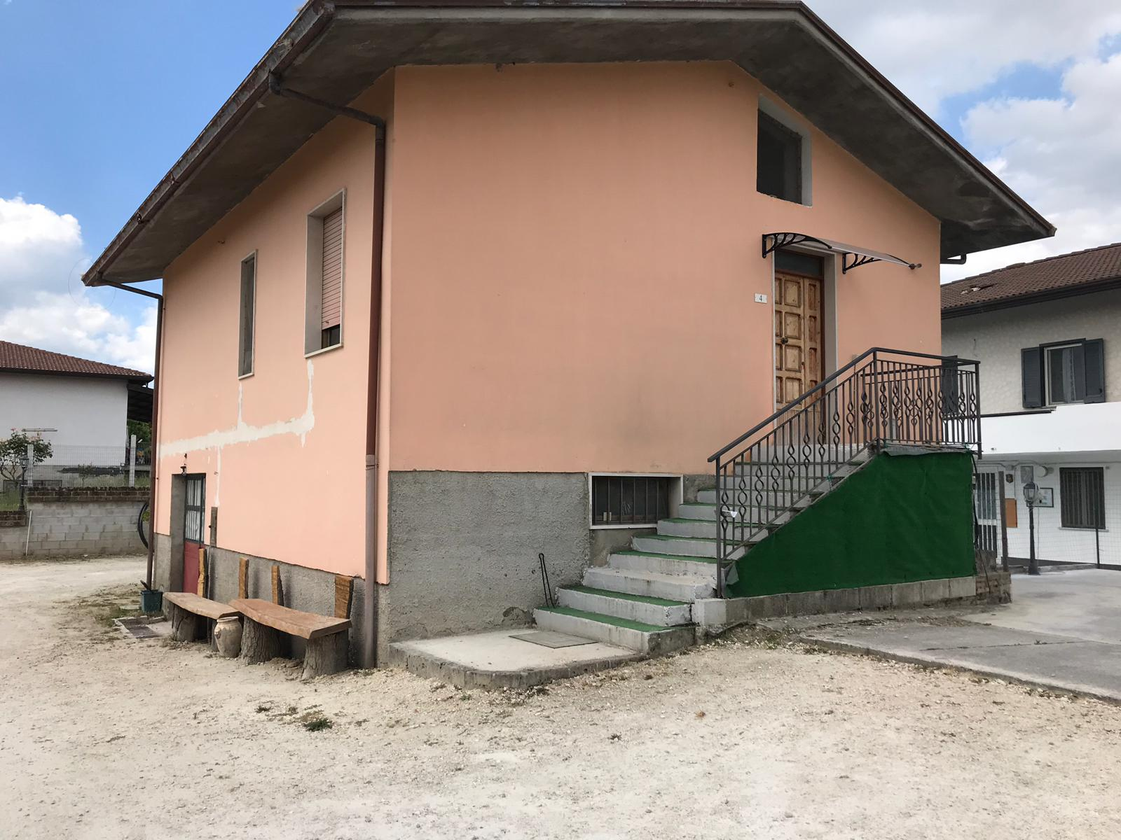Soluzione Indipendente in vendita a San Giorgio del Sannio, 3 locali, prezzo € 69.000 | CambioCasa.it