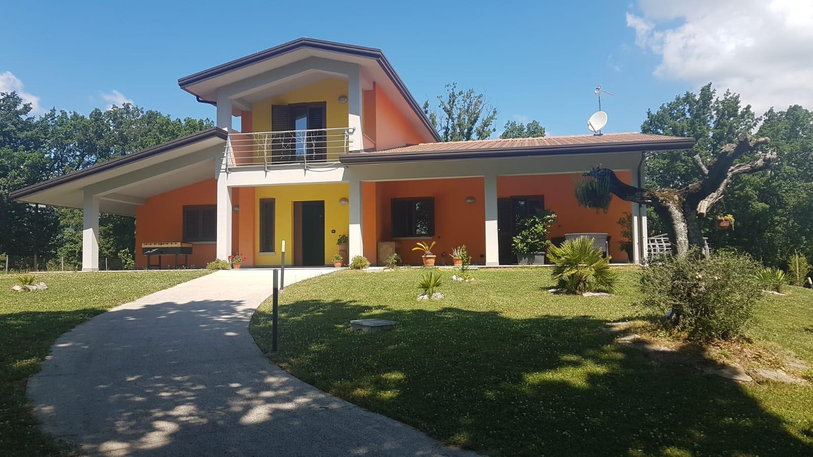 Foto - Villa In Vendita Morcone (bn)