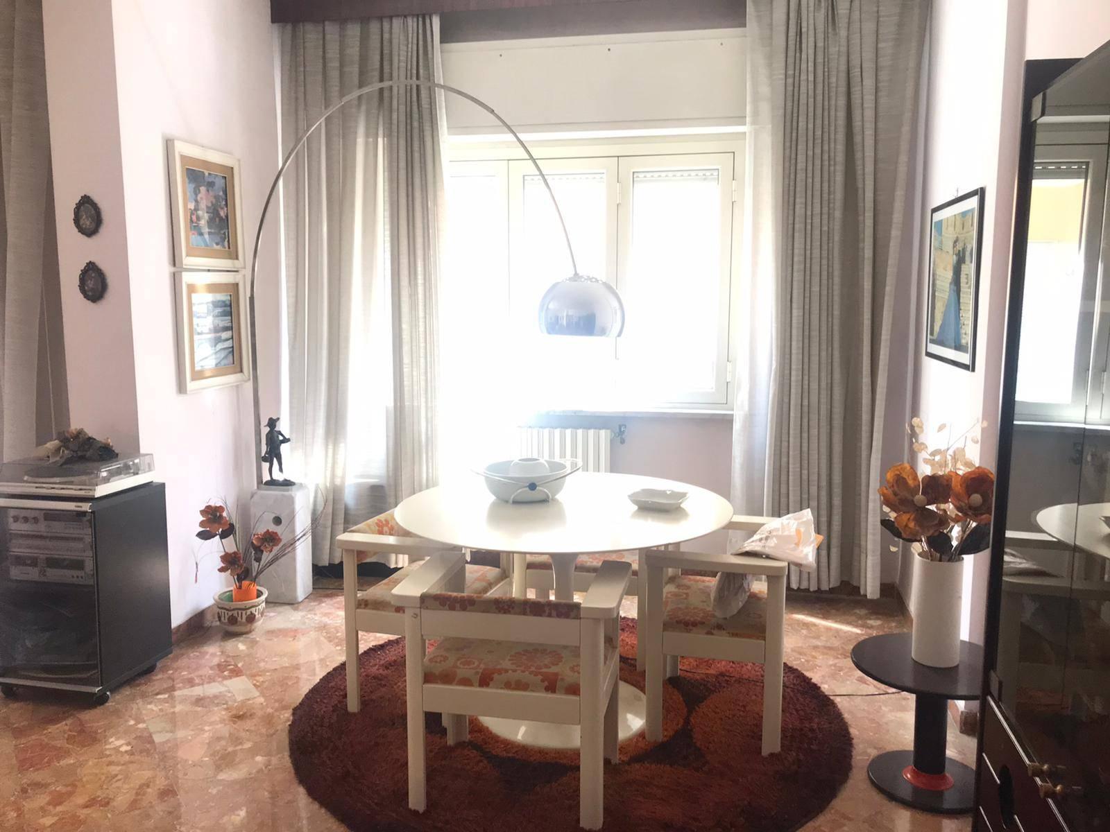 Appartamento in vendita a Benevento, 4 locali, zona Zona: Mellusi/Atlantici, prezzo € 176.000 | CambioCasa.it