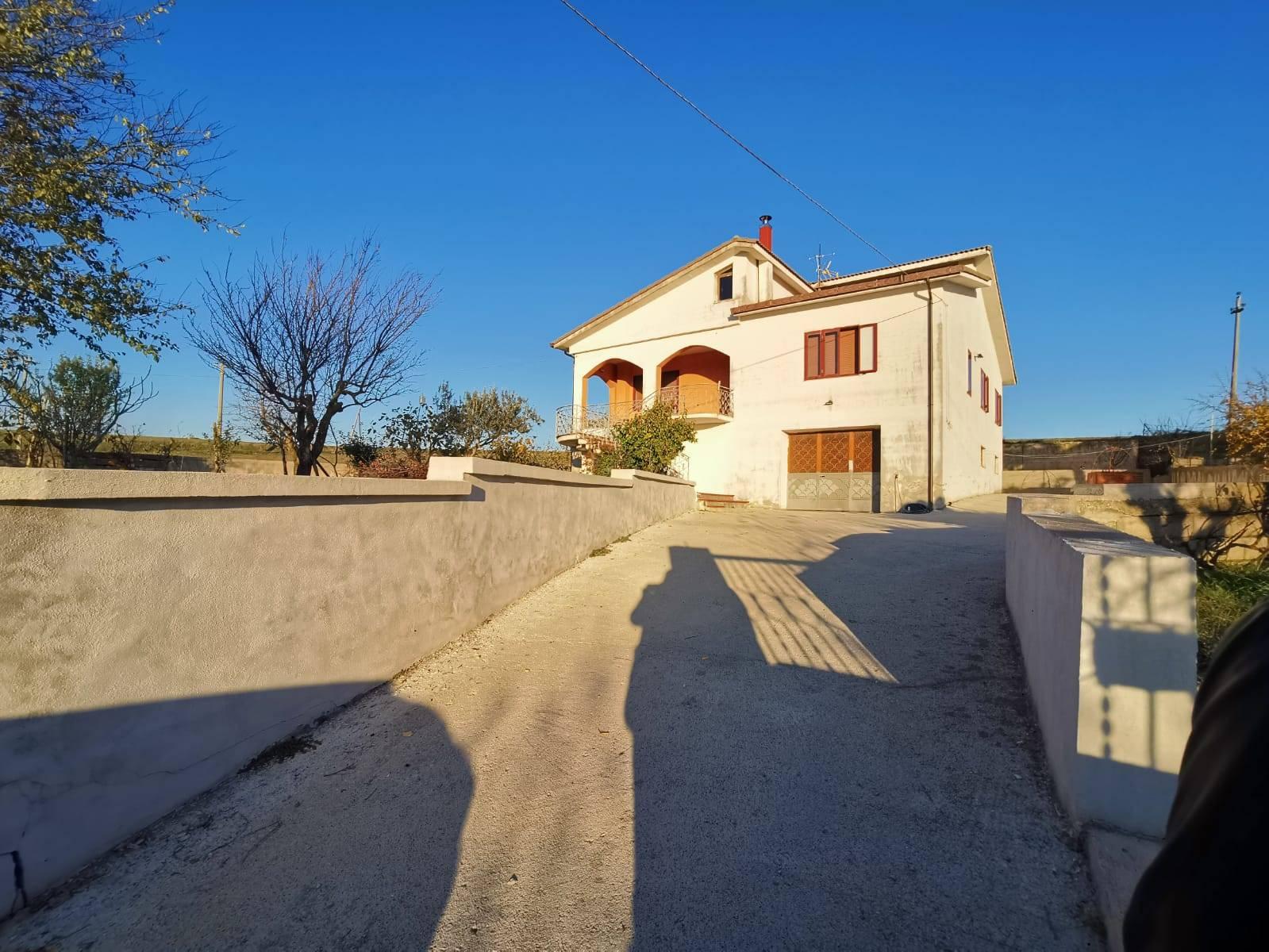 Foto - Villa In Vendita Fragneto Monforte (bn)