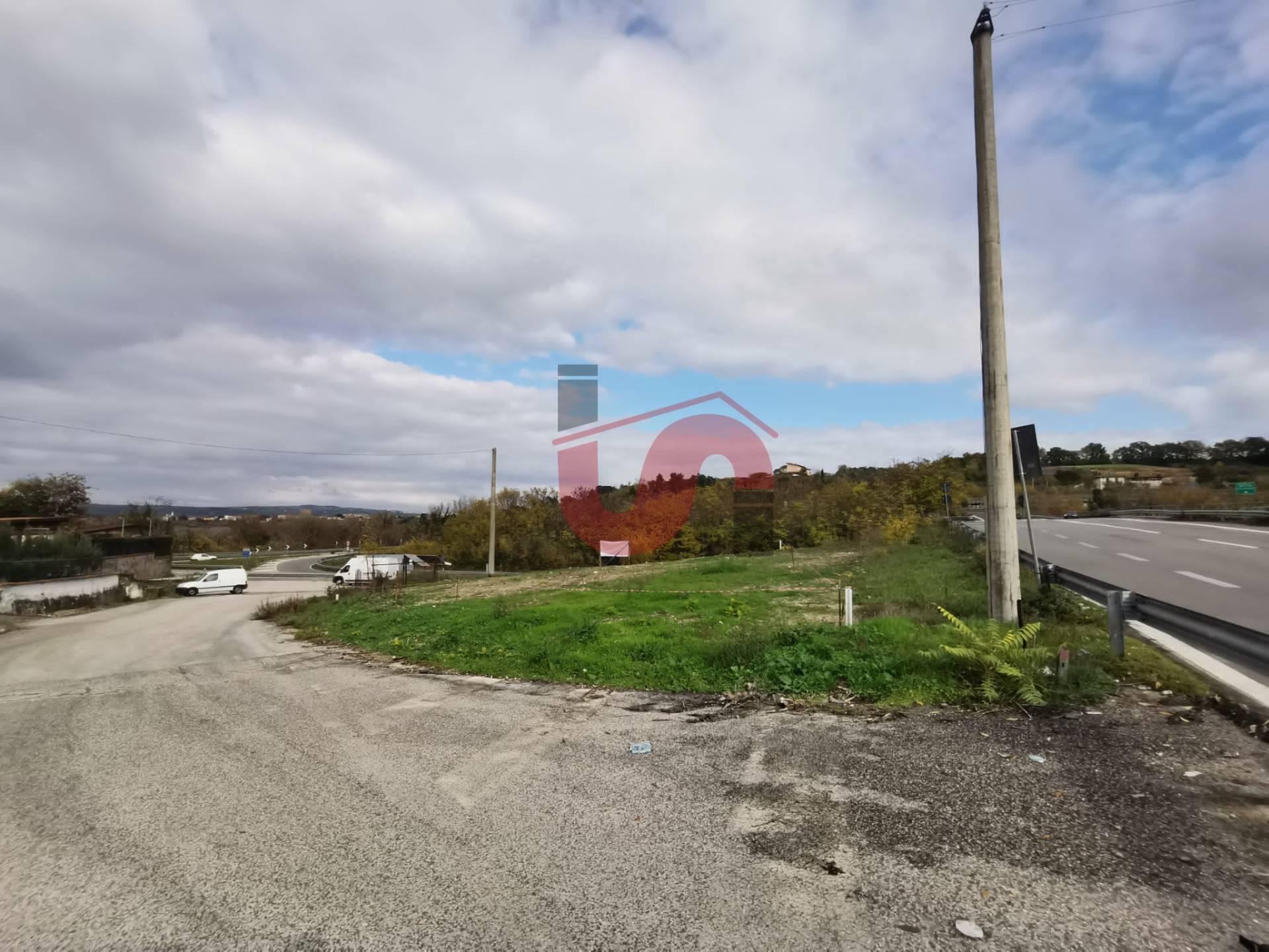 Terreno Agricolo in affitto a Benevento, 9999 locali, zona Località: CONTRADE, prezzo € 1.000 | CambioCasa.it