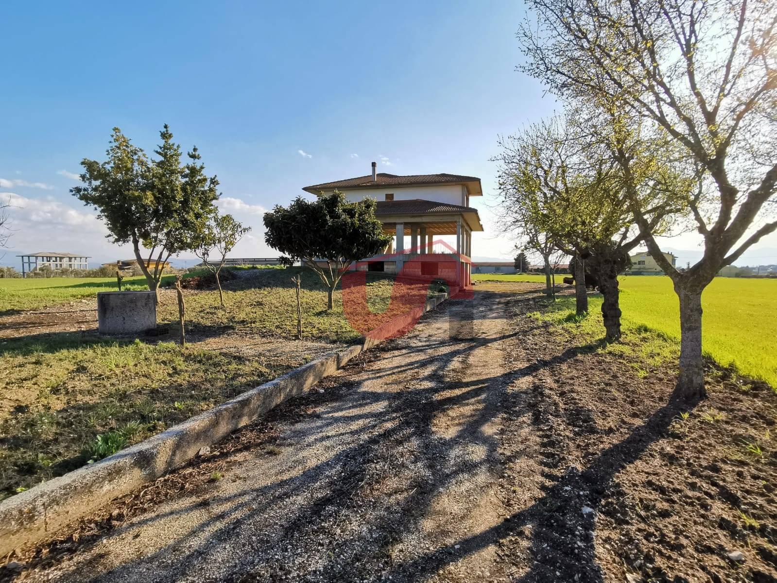Foto - Villa In Vendita Pietrelcina (bn)