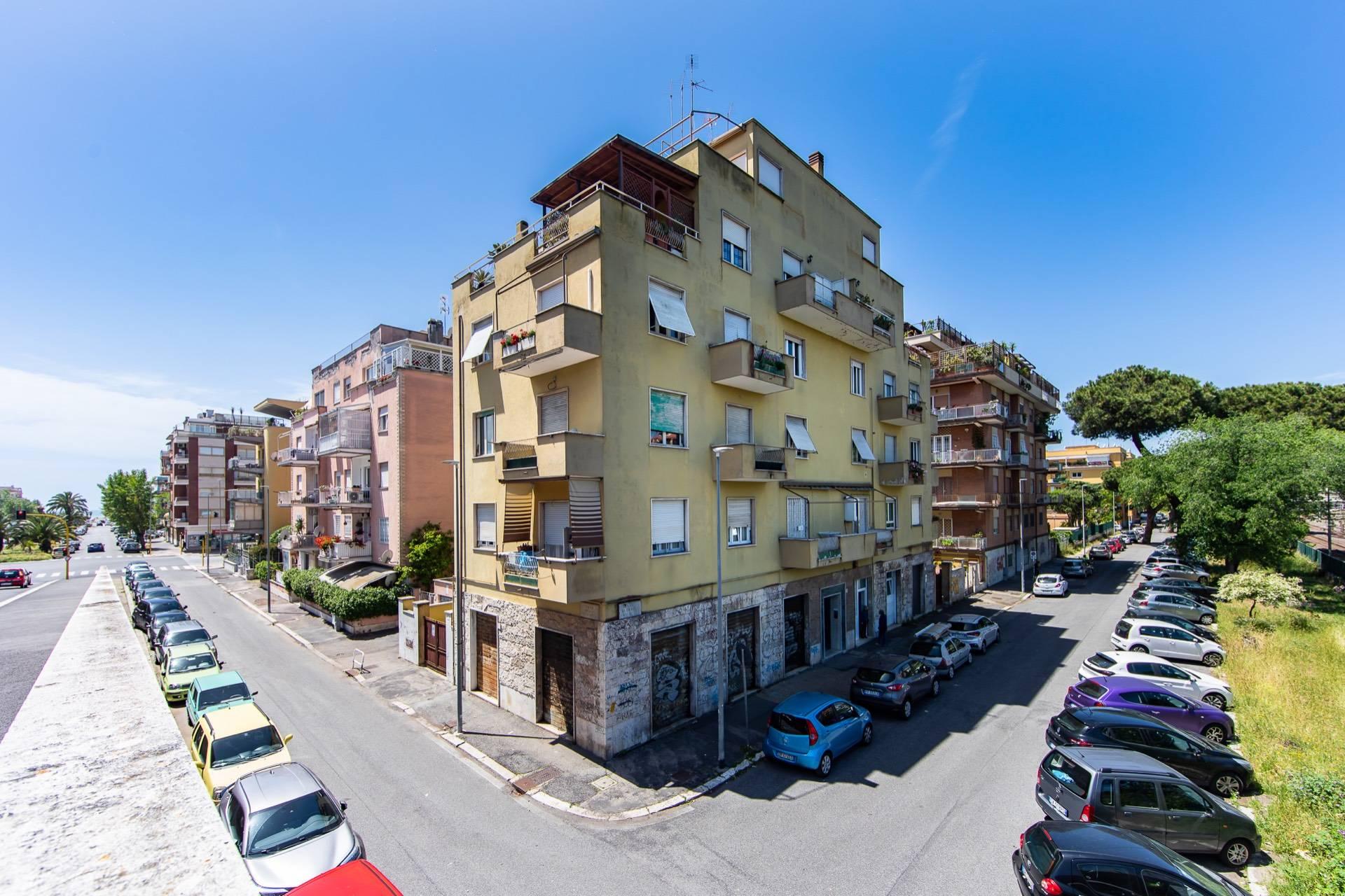 Appartamento in vendita a Roma, 4 locali, zona Zona: 39 . Lido di Ostia, Ostia, Castel Fusano, Torre Paterno, prezzo € 270.000   CambioCasa.it