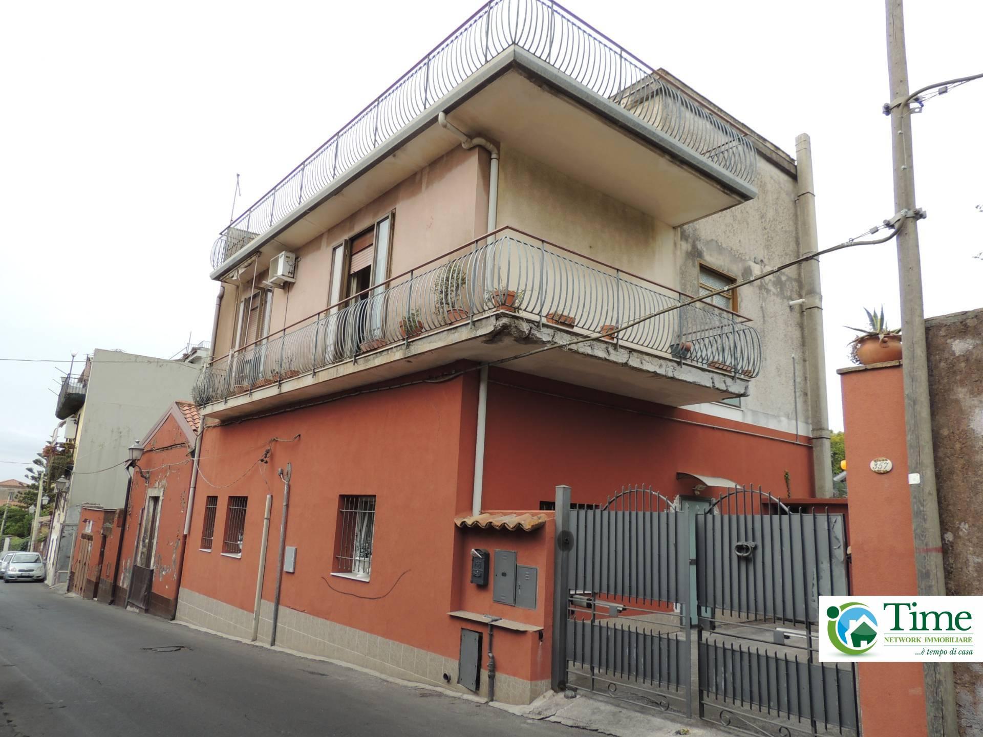 Casa indipendente in vendita a Mascalucia (CT)