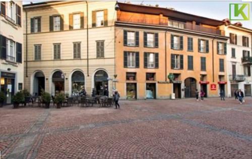 Appartamento Trilocale in Affitto a Varese