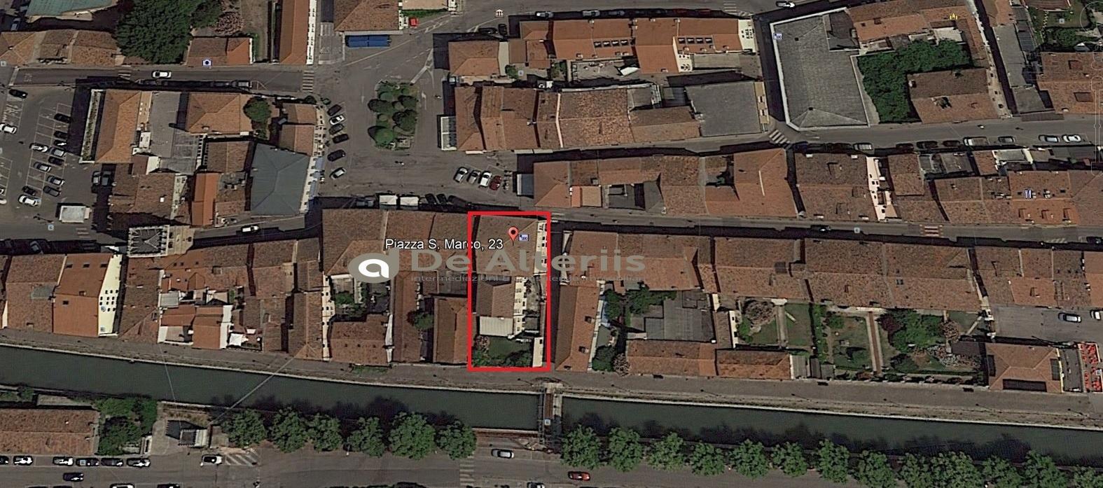 Negozio / Locale in vendita a Lendinara, 9999 locali, Trattative riservate | CambioCasa.it