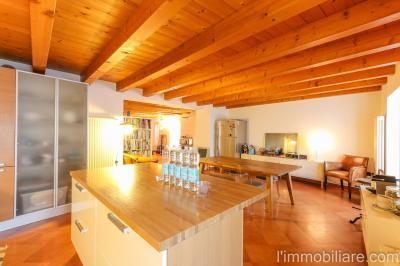 Vai alla scheda: Appartamento Affitto Verona