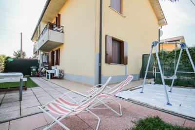 Vai alla scheda: Appartamento Vendita - Albaredo d'Adige (VR) - Codice -33