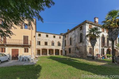 Vai alla scheda: Rustico / Casale / Corte Vendita - Verona (VR) | Quinzano - Codice -GF133