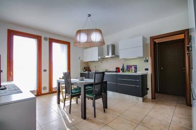 Vai alla scheda: Appartamento Vendita - Castel d'Azzano (VR) | Beccacivetta - Codice -13