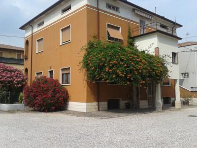 Vai alla scheda: Casa indipendente Vendita - Sant'Ambrogio di Valpolicella (VR) | Domegliara - Codice -3
