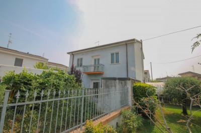Vai alla scheda: Casa indipendente Vendita - Vigasio (VR) - Codice -32...