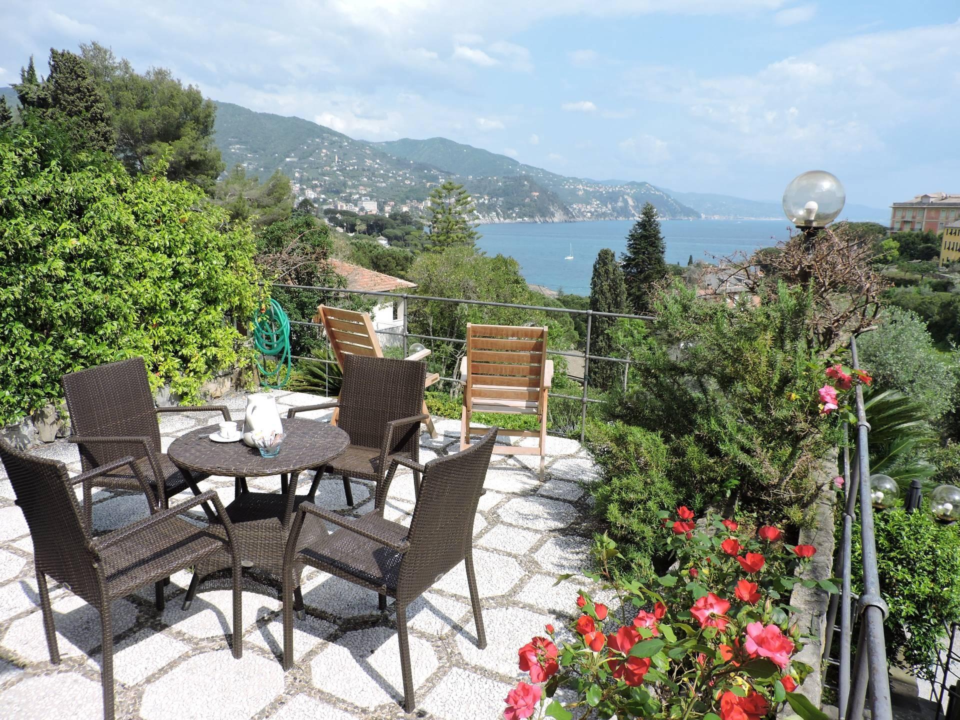 Appartamento in affitto a Rapallo, 4 locali, zona Località: SanMichelediPagana, Trattative riservate | CambioCasa.it
