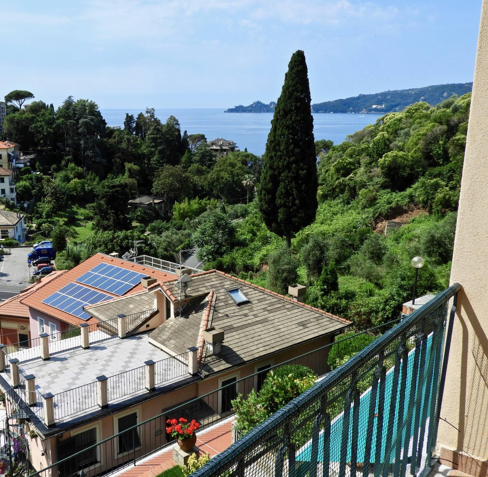 Appartamento in vendita a Zoagli, 3 locali, prezzo € 260.000 | CambioCasa.it