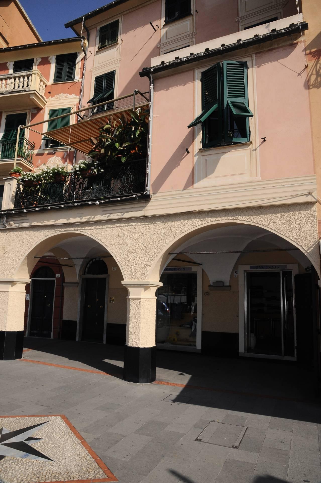 Negozio / Locale in affitto a Santa Margherita Ligure, 9999 locali, prezzo € 1.600 | CambioCasa.it