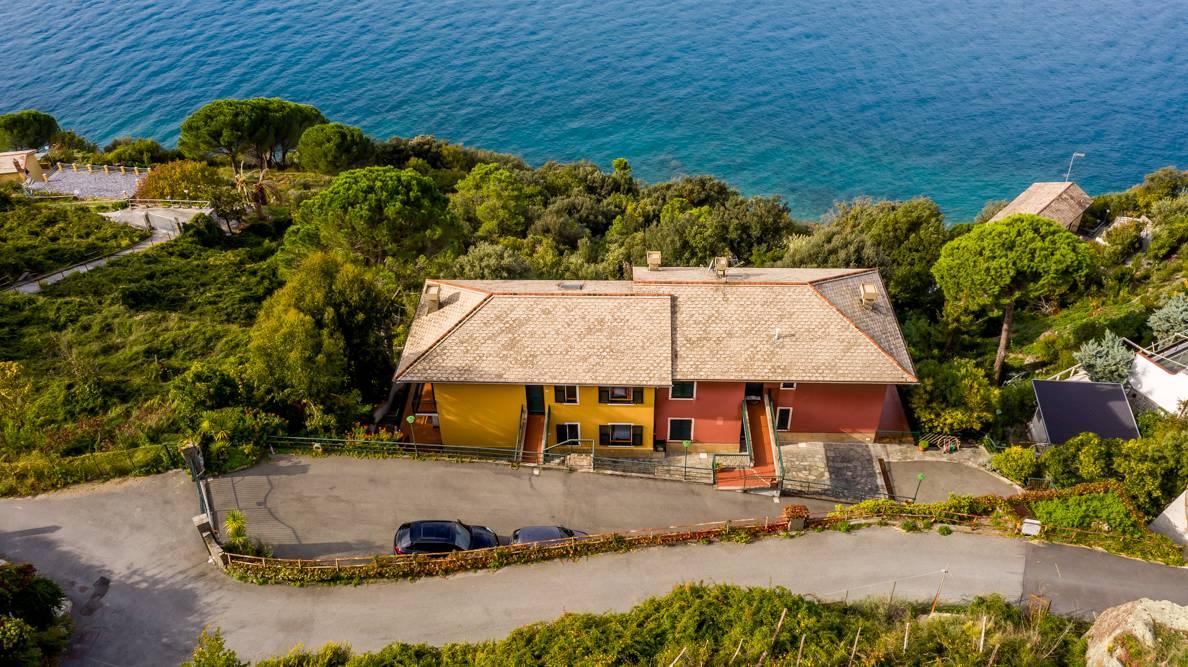 Appartamento in vendita a Moneglia, 3 locali, prezzo € 560.000 | CambioCasa.it