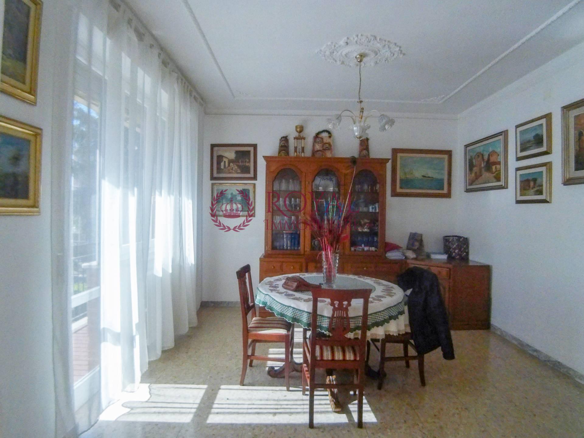 vendita appartamento livorno periferia sud  235000 euro  4 locali  108 mq