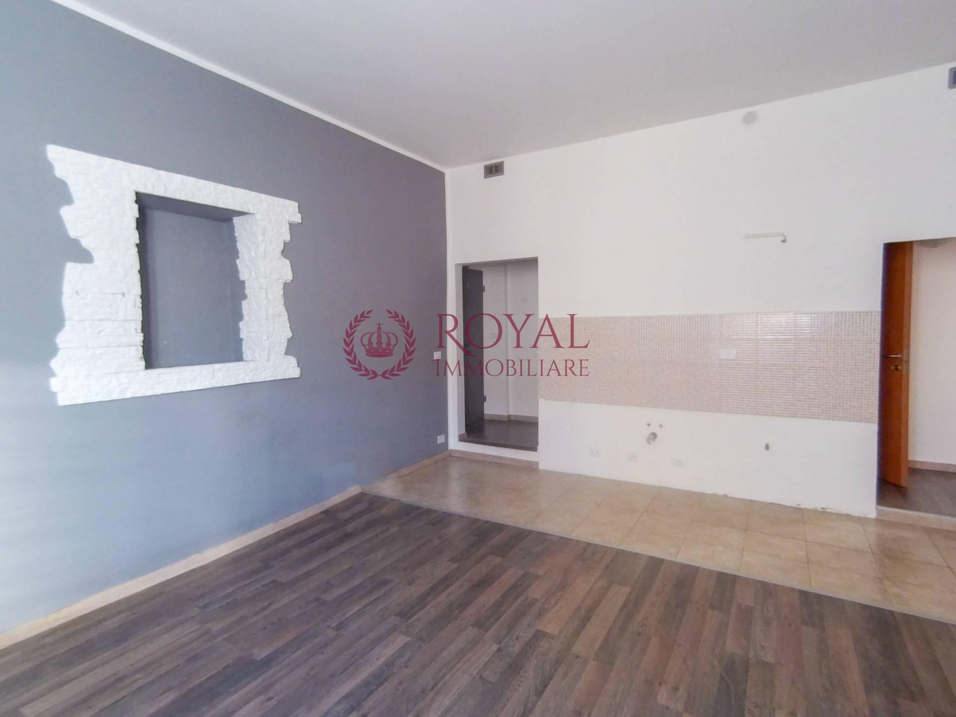 livorno affitto quart: antignano royal-immobiliare-professional-s.a.s.