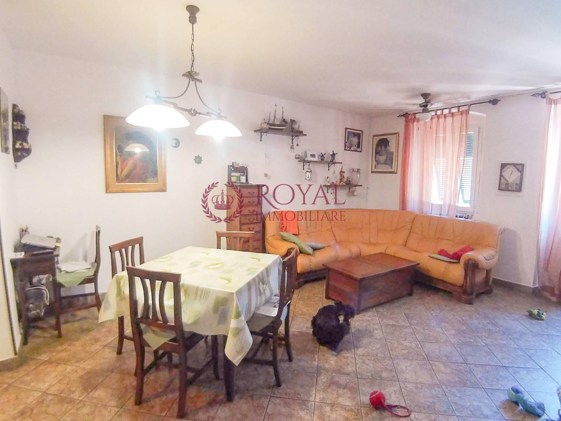 vendita appartamento livorno porta a mare  115000 euro  3 locali  80 mq