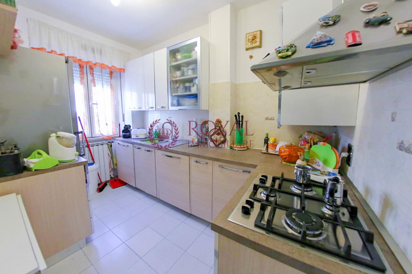 vendita appartamento livorno salviano  95000 euro  2 locali  56 mq