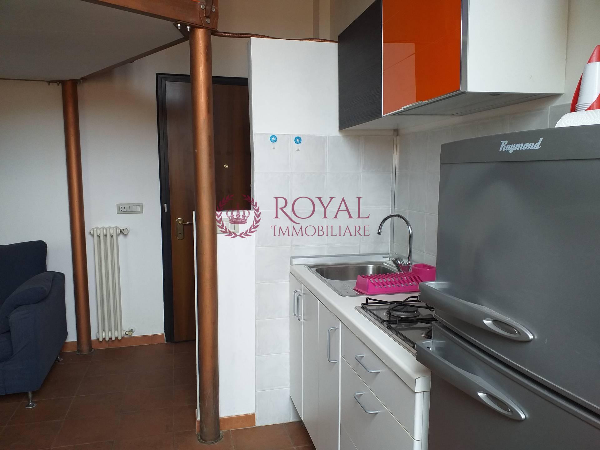 livorno affitto quart:  royal immobiliare professional s.a.s.