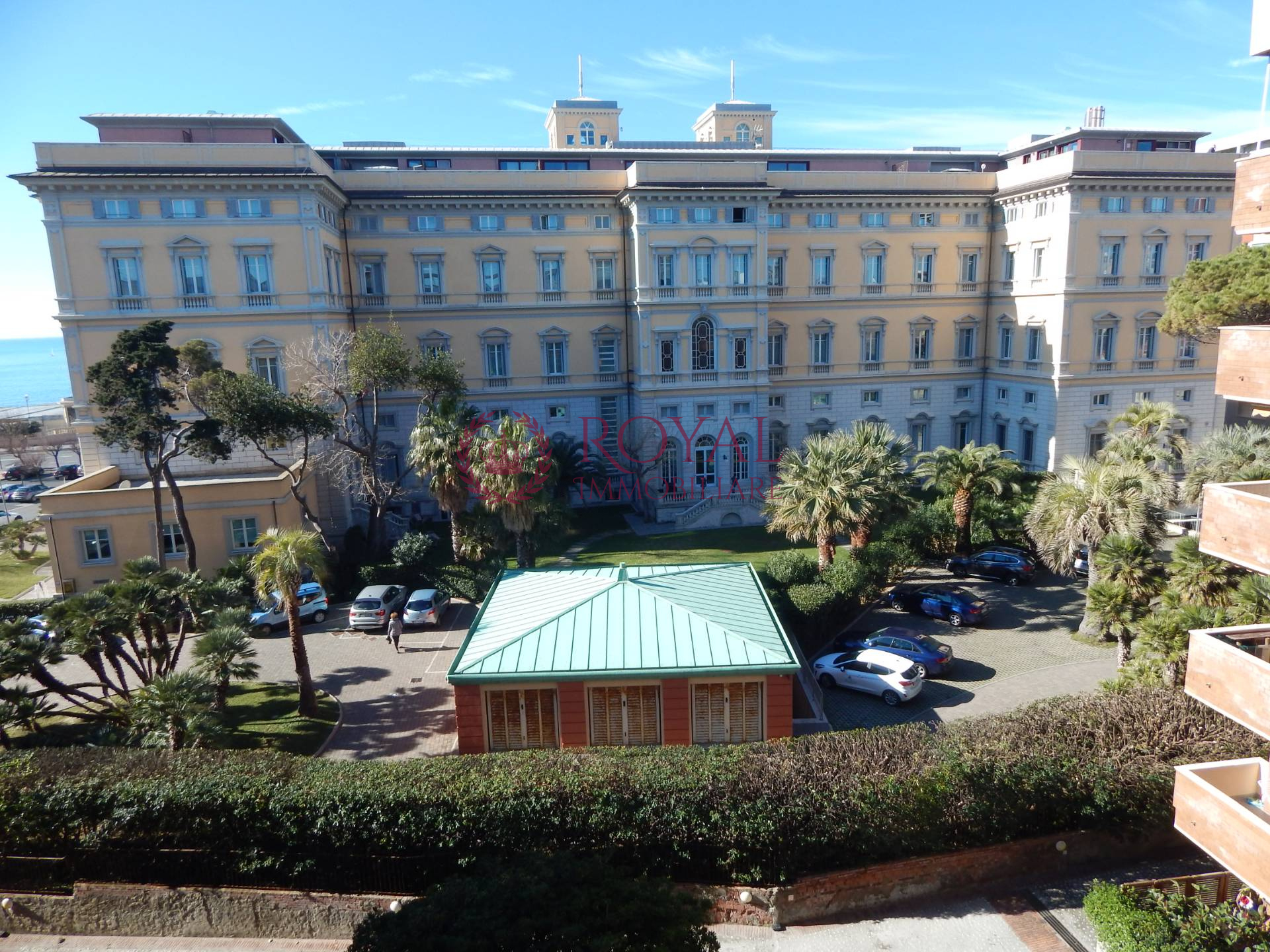 livorno vendita quart: viale italia royal-immobiliare-professional-s.a.s.