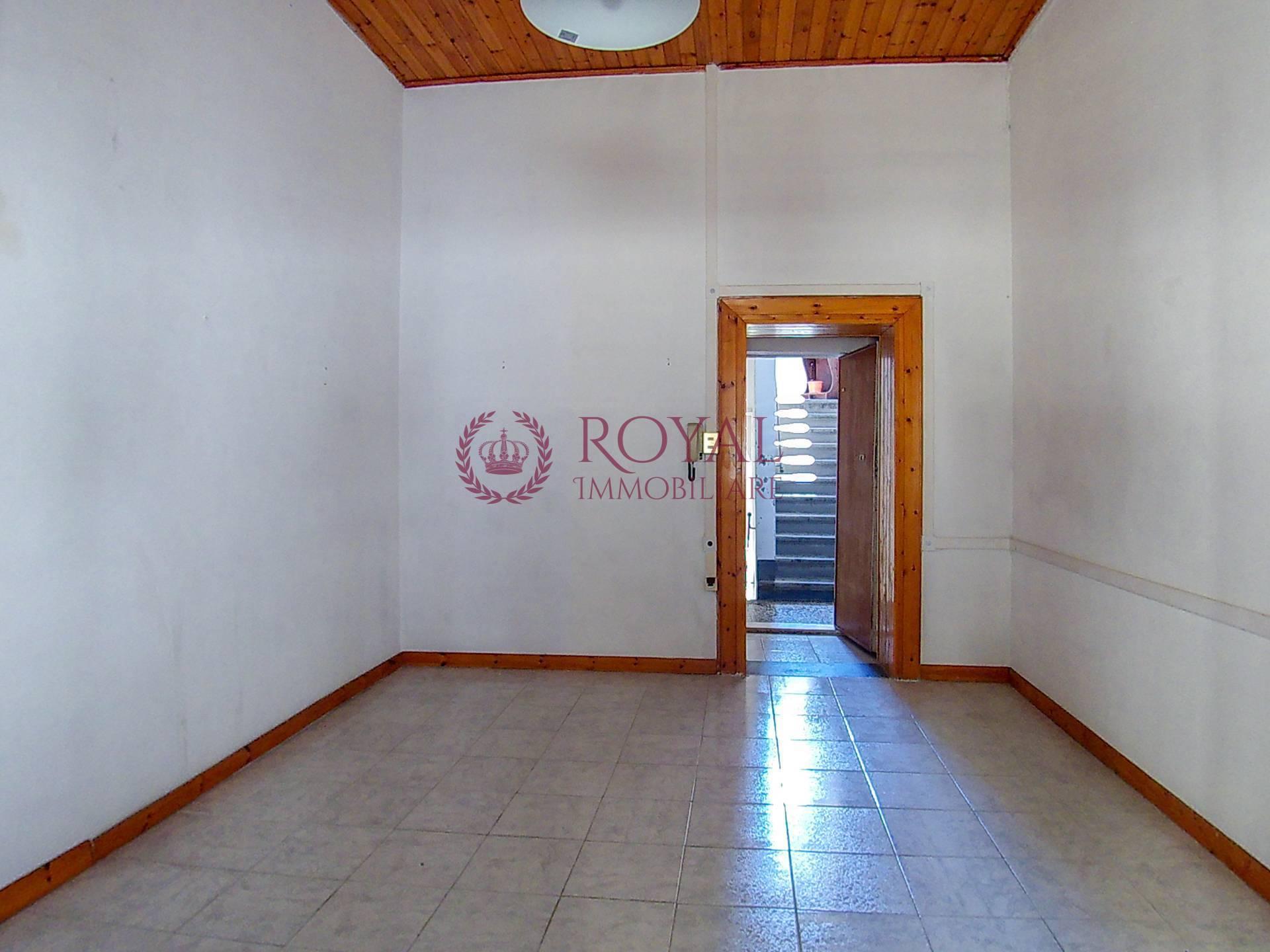 livorno vendita quart: centro royal-immobiliare-professional-s.a.s.
