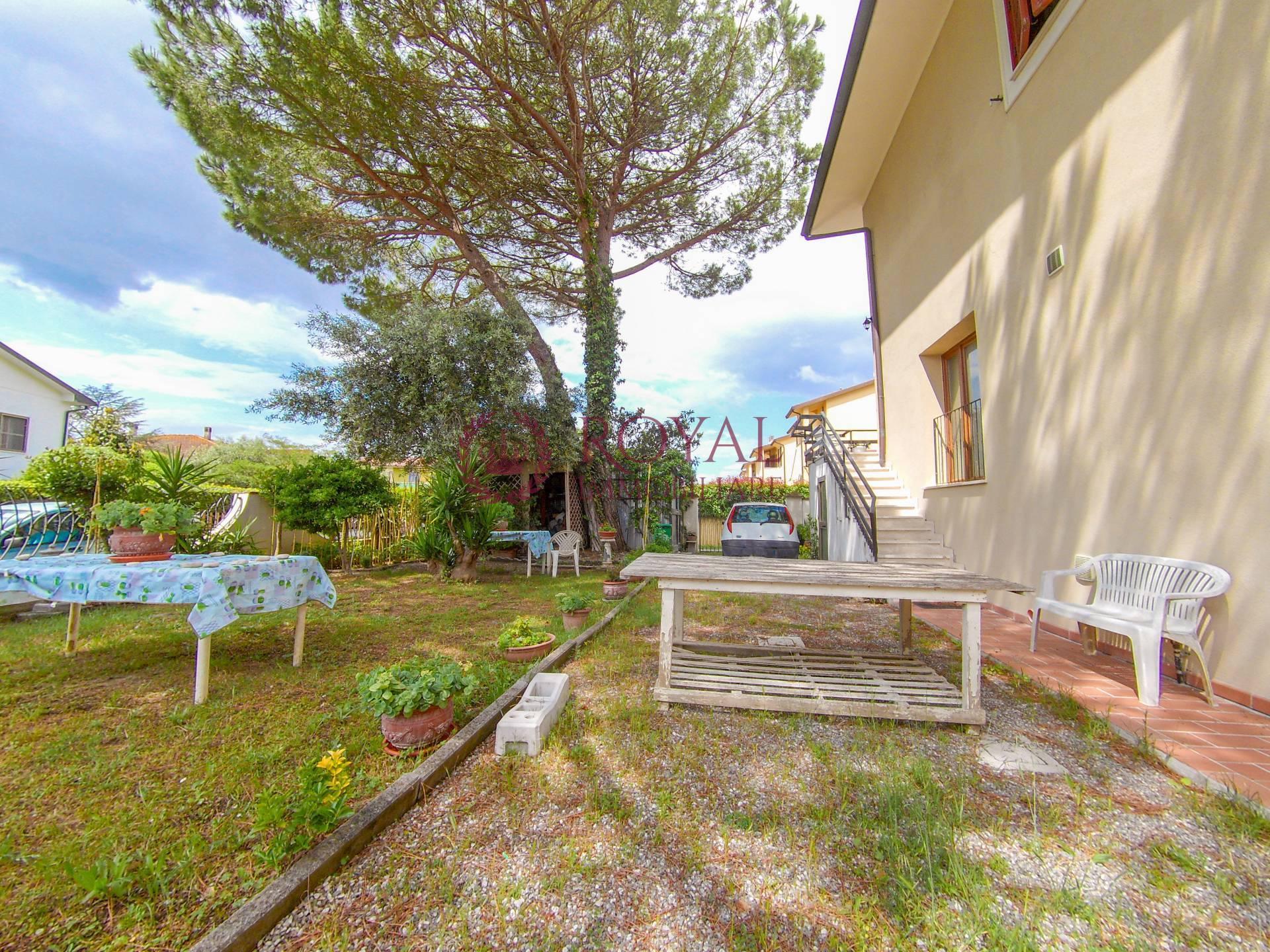 Appartamento in vendita a Collesalvetti, 6 locali, zona rello, prezzo € 300.000 | PortaleAgenzieImmobiliari.it