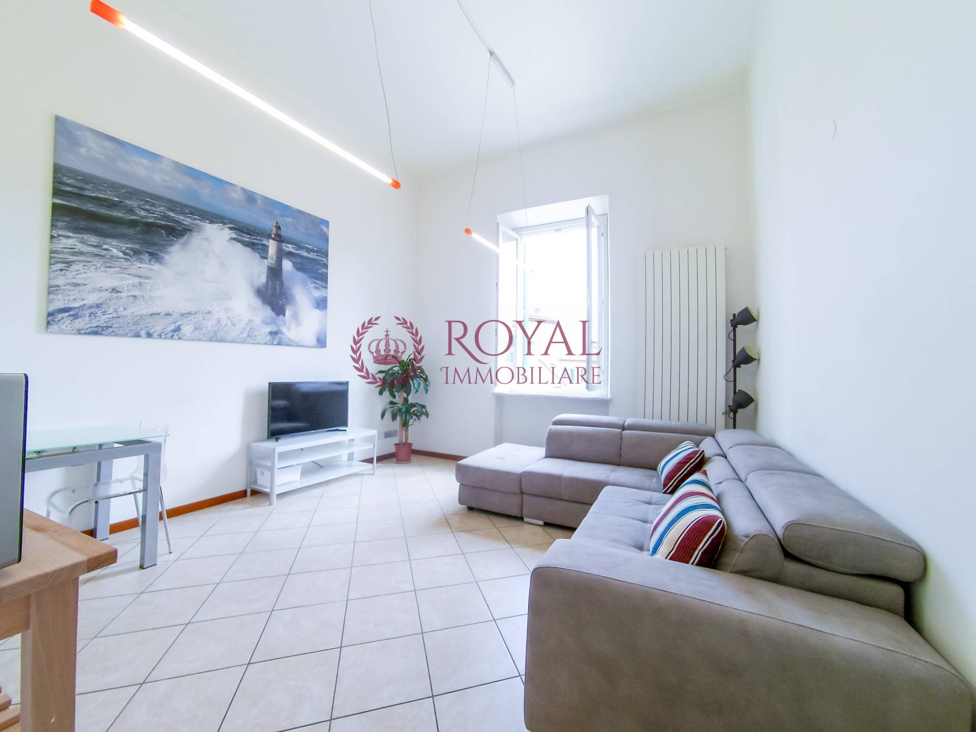 livorno affitto quart: cavour royal-immobiliare-professional-s.a.s.