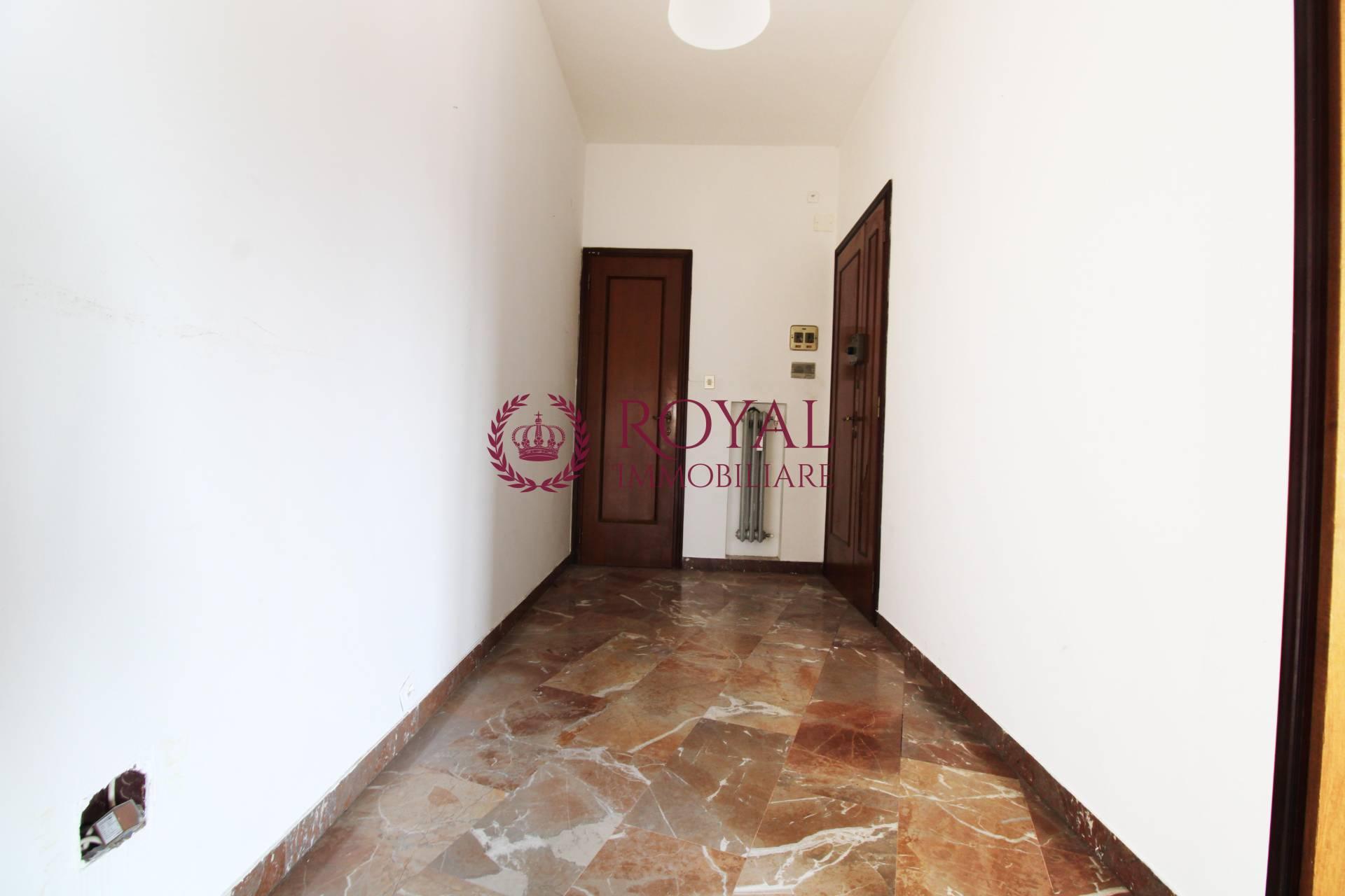 Appartamento in affitto a Cavour - San Carlo, Livorno (LI)